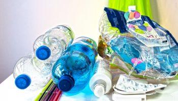 Photo | Différents déchets de plastique